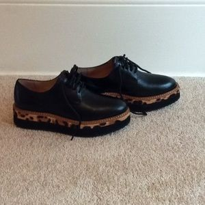 NWT Halogen Leopard Print Oxfords